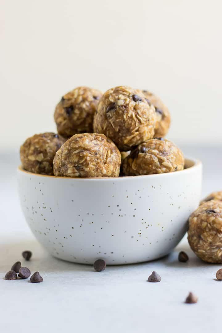 Bowl with no bake peanut butter banana oatmeal balls.