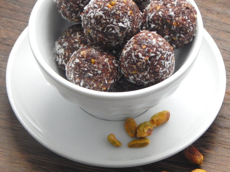 Dark Chocolate Pistachio Protein Bites