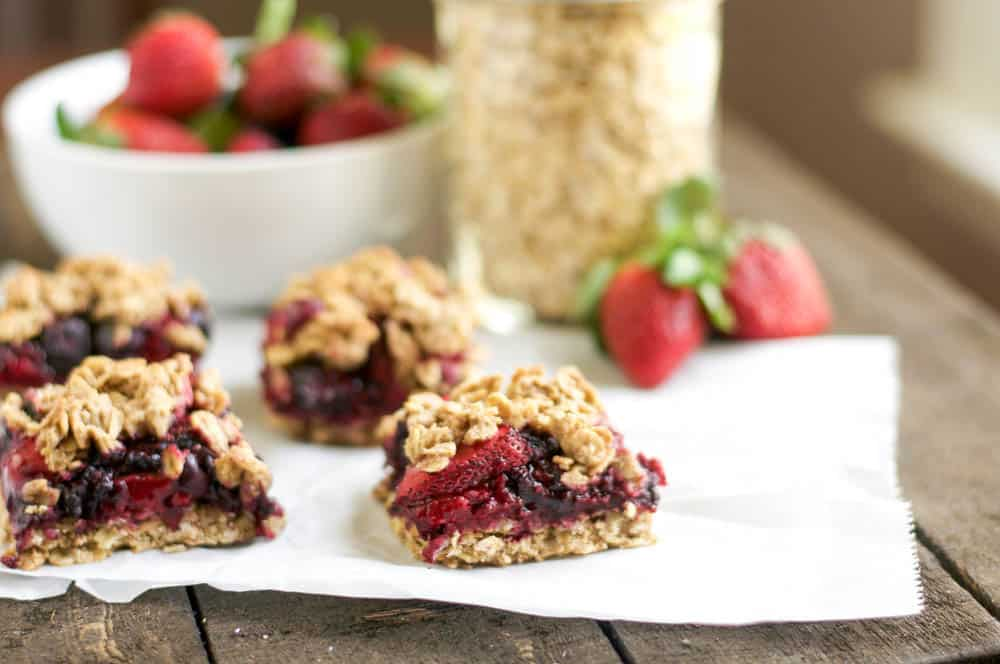 Mixed Berry Oatmeal Bars