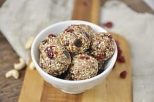 Cashew Cranberry and Fig Energy Bites