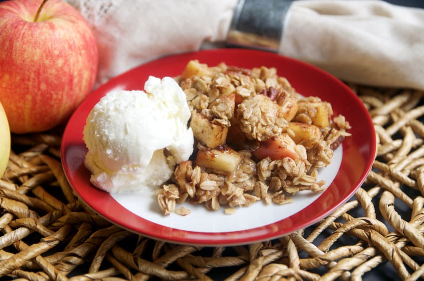 Baked Oatmeal + Apple Crumble