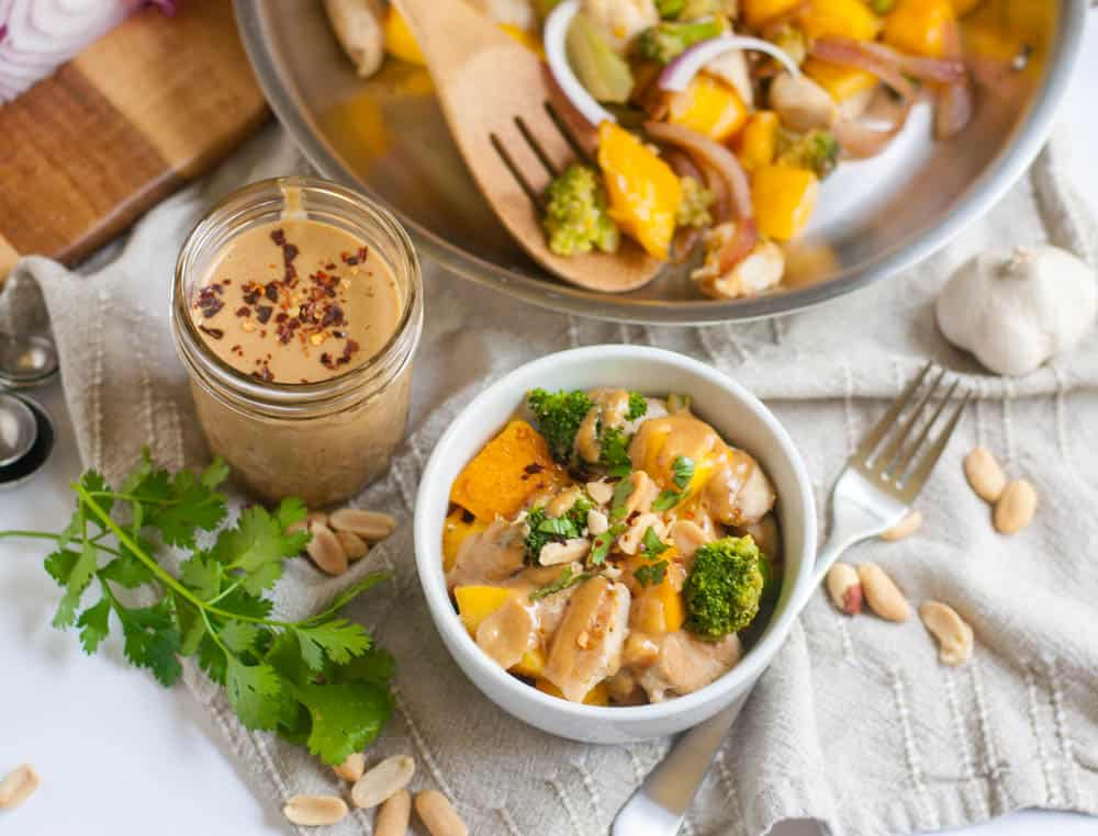 Peanut Mango Stir-Fry. A simple dinner that is far from the same old. This mango infused sauce along with big chunks of mango will make everyone at the dinner table happy! lemonsandzest.com