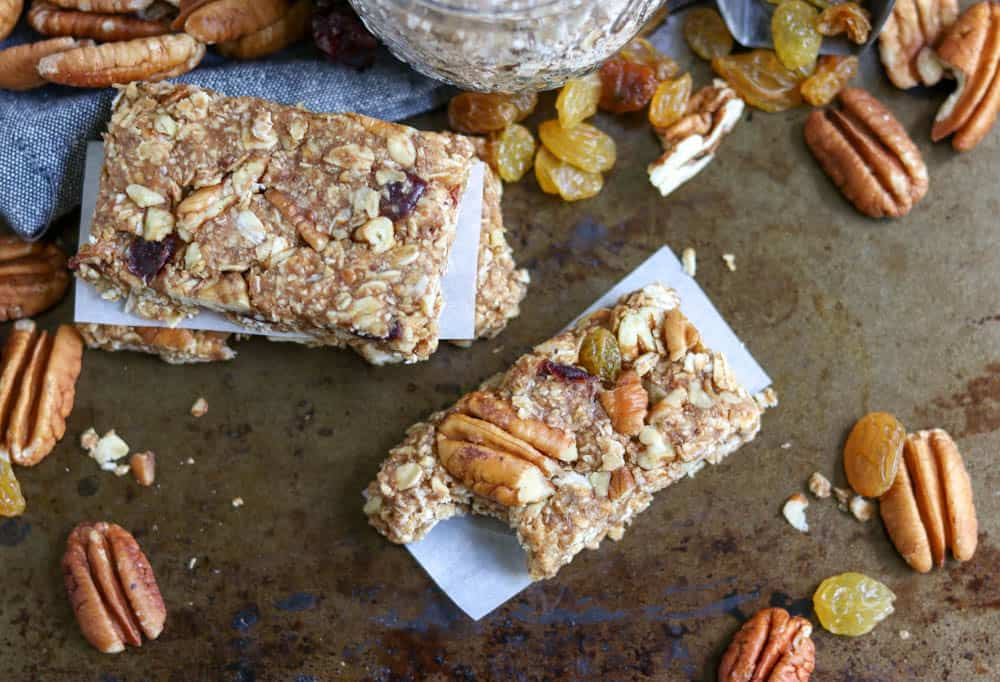 Food and Guilt Do Not Go Hand in Hand  {Recipe} No Bake Trail Mix Bars
