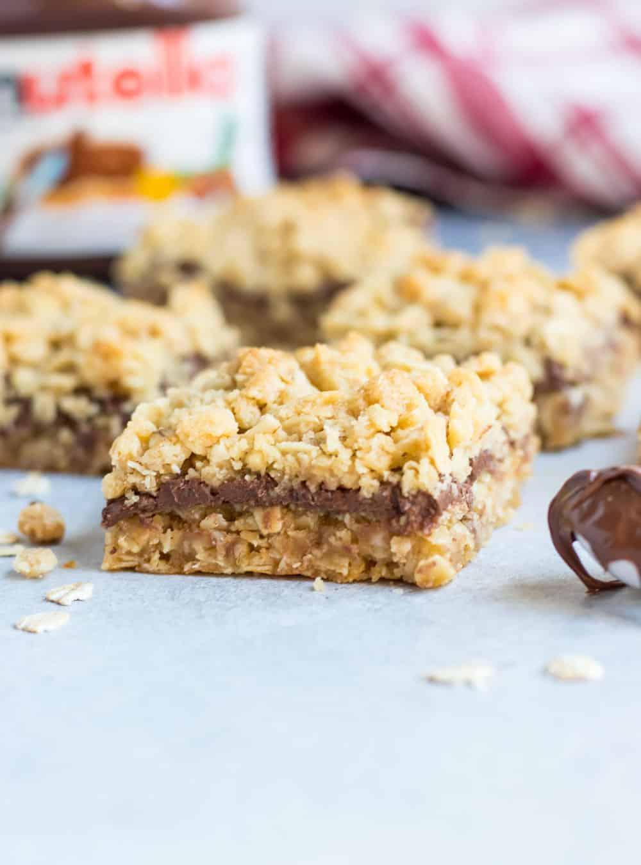 Nutella Oatmeal Crumble Bars