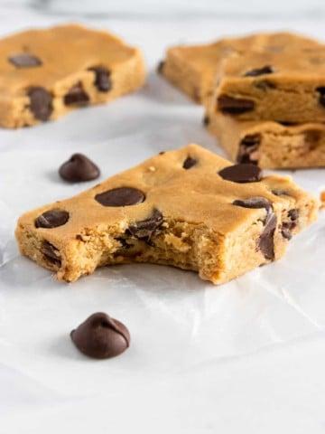 Peanut Butter Chocolate Chip Perfect Bar REcipe.